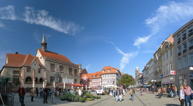 Goettingen_Marktplatz_Oct06_Antilived